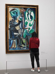 Picasso at the Pinakothek (SM Tham) Tags: europe germany munich pinakothekdermoderne modernart artgallery museum picasso painting lady woman