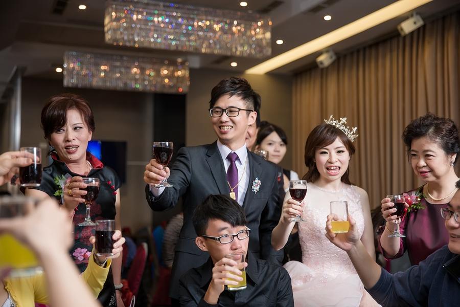 [婚攝] 俊彥 & 育綺 / 大八大飯店