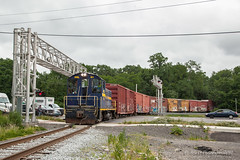 ESPN EMD NW2 #81 @ Bristol, PA (Darryl Rule's Photography) Tags: 2018 buckscounty clouds cloudy diesel diesels espn interchange june local pa prr pennsy pennsylvania pennsylvaniarailroad pup railroad railroads rt13 sw summer train trains