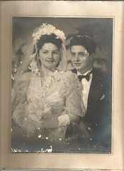 Papa-Maman - 3-9-1947 - Mummy-Daddy Wedding (♥Dany_de_Paris♥) Tags: maman papa dad daddy mum mummy père mère wedding mariage vintage couple duet 1947