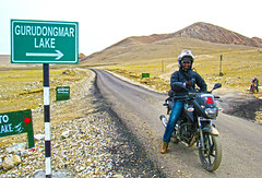 Never ending (Pinaki-Busy) Tags: sikkim gurudongmar pinaki biking pulsar lake india nature himalaya