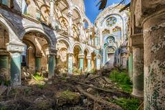Torn (Photonirik) Tags: urbex decay urban exploration oblivion abandoned abandonné oubli forgotten ue dust