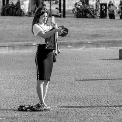 go over there and read my skirt! (every pixel counts) Tags: 2018 berlin lustgarten city capital people eu germany everypixelcounts blackandwhite 11 woman smartphone bw mobiledevice europa alone cellularphone photographer blackwhite mobile móvil girl mitte tourist berlinalive