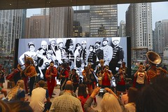 Mucca Pazza #applestore2018 (drew*in*chicago) Tags: muccapazza chicago 2018 todayatapple applestore applecomputer event michiganave