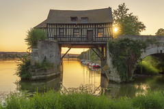 Old Mill [FR] (ta92310) Tags: normandy normandie europe france travel 27 eure vernon giverny monet old mill moulin vieuxmoulin landscape architecture maison colombage seine rivière 2018 summer sunset sun soleil impressionniste impressionism