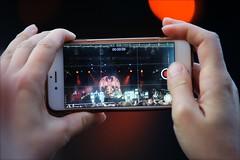 00:00:09 (*Kicki*) Tags: candid hollywoodvampires music show concert rock grönan grönalund stockholm sweden djurgården people iphone filming bokeh hands cellphone smartphone johnnydepp alicecooper joeperry live