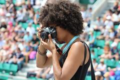 Roland-Garros 2018 : photographe (philippeguillot21) Tags: stade rolandgarros paris france europe photographe fille girl femme woman reporter pixelistes tennis sport canon