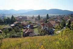 село Равногор, от пейката горе (veluly) Tags: rodopi ravnogor bagpipefest14july2018