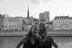 Stephanie & Amanda enjoying a Seine picnic dinner with Notre Dame in the background.