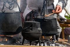 'A cimma (agoralex) Tags: cucinadacampo pignata agoralex morimondo fuoco trecentesca pentole rievocazionestorica acimma battagliadicasorate