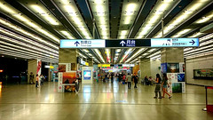 The second floor of Taichung Station (葉 正道 Ben(busy)) Tags: taichung station taiwan people 台中 車站 台灣 人 夜 night