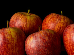 Apples (Andy Sut) Tags: fruit stilllife food raw dessert macro studio kitchen justfruitseries apples