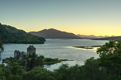 Sunset at Eilean Donan Castle (EricMakPhotography) Tags: