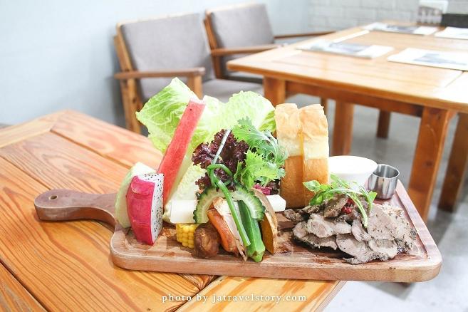 大份量蔬果超豐富!義式紅酒豬小排鮮嫩好吃! 光合箱子 Daylight【台北美食/台南美食】 @J&A的旅行