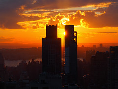 Manhattan Sunset (Steven Bornholtz) Tags: manhattan sunset new york city ny nyc us usa united states america flatiron district buildings architecture steve steven bornholtz photography imagery picture dj midway djmidway olympus pen e5 getolympus color colours orange clouds sky urban skyline 2018 west skyscraper event rooftop