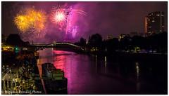 14 juillet 2018 - Le feu d'artifice (Stéphanie Deniaux - Photos) Tags: paris france feudartifice fireworks lumiere 14juillet fêtenationale bastilleday grenelle pont quai quaisdeseine seine fleuve poselongue longexposure canon canonfrance parisbynight parislanuit paristourisme