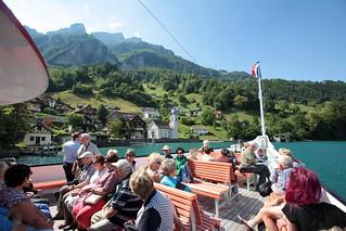 Dampfschiff DS Gallia ( Baujahr 1913 - Bauwerft Escher - Wyss Zürich - Vmax 31.5 km/h - Länge 62.85 m - 900 Passagiere - Kursschiff Schiff Schaufelraddampfer Raddampfer ) auf dem Vierwaldstättersee in der Innerschweiz - Zentralschweiz der Schweiz