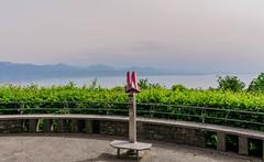 Signal de Sauvabelin, Lausanne (axel274) Tags: d3400 lausanne nikon schweiz suisse switzerland vaud sauvabelin romandie pointdevue jumelles terrasse lacléman