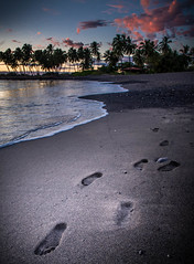 IMG_4928-HDR (Greg Meyer MD(H)) Tags: beach footprint sunset palmtree tropical hawaii
