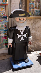 Giant Lego Man (Lee Rosenbaum) Tags: maltesecross valletta malta lego mt