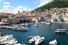 Nuevo Puerto - Dubrovnik (Croacia) (Carlos E. Mendoza) Tags: europa croacia dubrovnik ciudadamurallada puerto viajes travel turismo paseo nikon d610 tamron2470mmf28