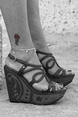 062018Hollywood_6412 (WindJammer Photo) Tags: june 2018 canon 2470mml 60d outdoor portrait hollywood florida vacation ocean water sand beach beauty beautiful gorgeous blonde wife platform highheel sandal anklet tattoo blackandwhite bw traces