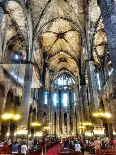 "Barcelona. Santa Maria del Mar. • <a style=""font-size:0.8em;"" href=""http://www.flickr.com/photos/26679841@N00/41591135550/"" target=""_blank"">View on Flickr</a>"