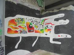 calculating infinity (en-ri) Tags: bianco nero rosso verde arancione parco dora torino wall muro graffiti writing