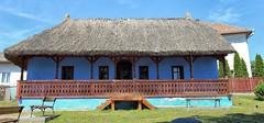 Sic ungarisches Bauernhaus (wernerfunk) Tags: architektur rumänien gebäude
