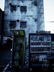 Street Fragments #363 - FUKUOKA Day and Night (Yoshi T. (kagirohi)) Tags: japan japanese hukuoka street streetphotograph streetphotography alley fragment urban city cityscape snapshot ricoh gr ricohgr 日本 福岡 路上 ストリート ストリートフォト 都市 風景 都市風景 スナップ スナップ写真 リコー 断片 depthoffield