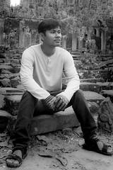 Waiting, Cambodia (Rickard Brandt) Tags: cambodia angkorwat