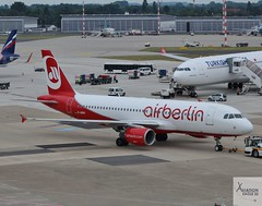 Air Berlin A320-214 D-ABNV pushing back at DUS/EDDL (AviationEagle32) Tags: dusseldorf dus dusseldorfairport flughafendusseldorf flughafen germany deutschland besucherterrase observationdeck airport aircraft airplanes apron aviation aeroplanes avp aviationphotography avgeek aviationlovers aviationgeek aeroplane airplane planespotting planes plane flying flickraviation flight vehicle tarmac airberlin airbus airbus320 a320 a320200 a322 a320214 dabnv