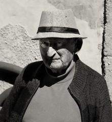 M.de la Barre (Dominique Beau 白德明(+6,5 Million views)) Tags: portraitnb visage portrait