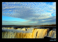 Devil´s throat (xicoleao (Thanks to 1 million views)) Tags: southamerica argentina iguazu waterfall sky water clouds