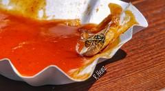 Guten Appetit (rollirob) Tags: wespe naschkatze currywurst currysauce rot gelb schwarzgelb panasonicgx1 olympus14150mm essen grugapark