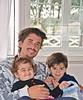 Felicidades a todos los padres en su día . (Aprehendiz-Ana Lía) Tags: nikon flickr padre hijo hijos díadelpadre festejo calendario argentina niño bebé baby miradas sonrisas smile imagen digital familia family instantánea