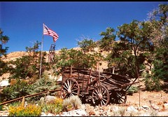Somewhere in the western part of the United States (Christa_P) Tags: smileonsaturday madeofwood usa america vacations urlaub 7dwf landscape