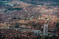 Torino centro (andbog) Tags: sony alpha ilce a6000 sonya6000 emount mirrorless csc sonya oss sel 1650mm selp1650 sonyα aerialview overlook flight airlines volo aereo sonyalpha sony⍺6000 sonyilce6000 sonyalpha6000 ⍺6000 ilce6000 apsc landscape paesaggio panorama piedmont piemonte italy italia it torino turin to city cityscape mole moleantonelliana città skyline
