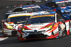 No.30 TOYOTA PRIUS apr GT with apr (kikupom) Tags: supergt sgt motorsports race gt300
