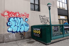 earsnot post smoe (Luna Park) Tags: ny nyc newyork graffiti post vsop aow lunapark manhattan chinatown earsnot irak