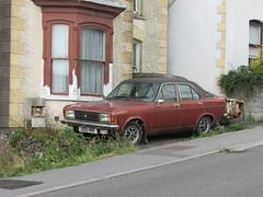 Chrysler Avenger 1600 GLS (Andrew 2.8i) Tags: car cars classic classics carspotting street spot spotting british 1600 16 gls 1600gls 16gls avenger chrysler hillman talbot
