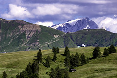 la Marmolada (sergiotumm) Tags: alpedisiusi marmolada trentinoaltoadige sudtirolo sudtirol montagna