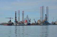 Damen shiprepair Rotterdam (Hugo Sluimer) Tags: portofrotterdam port rotterdam zuidholland nederland holland haven nlrtm onzehaven