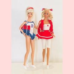 Barbie cool shoppin 1997 & barbie sun sensation 1991 in yacht club fashions #700  del 1989 (simone.cacciatore) Tags: 700 sailor red bag swimsuit 80s 90s 1989 barbieyachtclubfashions yachtclubfashions700del1989 fashions sun barbie 1991 barbiesunsensation 1997 barbiecoolshoppin barbiecoolshoppin1997barbiesunsensation1991inyachtclubfashions700del1989