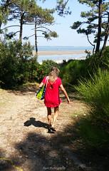 20180630_120050 copie (C&C52) Tags: paysage landscape nature arbres plage littoral femme personne