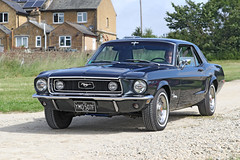 Ford Mustang (1968) (Roger Wasley) Tags: ford mustang toddington classic car gloucestershire