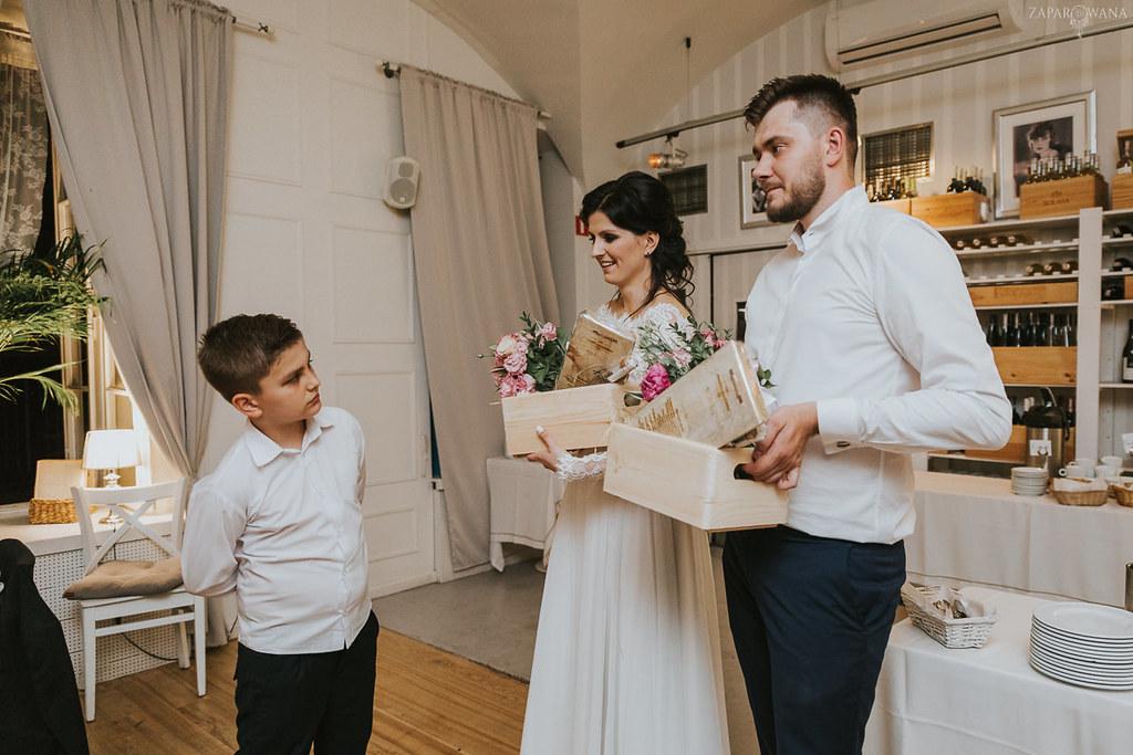 576 - ZAPAROWANA - Kameralny ślub z weselem w Bistro Warszawa