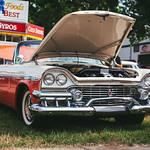 Dodge Custom Royal thumbnail