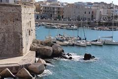 giovinazzo (young0bee) Tags: mare porto barche estate 2018 caldo sole onde canon 200 d giovinazzo puglia bari italia sea ship summer hot waves italy