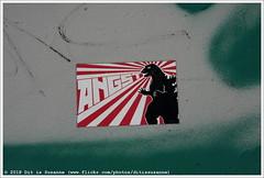 ANGST (Dit is Suzanne) Tags: 06092016 img2306 polen poland польша варшава warsaw warschau ©ditissuzanne canoneos40d sigma18250mm13563hsm wandeling walk прогулка nazomer indiansummer бабьелето graffiti streetart стритарт граффити наклейка sticker angst dinosaurus dinosaur динозавр geotagbijbenadering approximategeotag